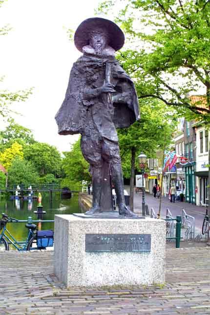 Beeld Velius aan Nieuwland